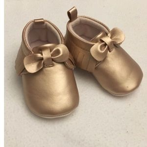 Other - Rose-gold 0-3 months baby moccasins